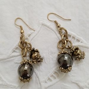 Jewelry - Earrings gunmetal silver and antique gold balls